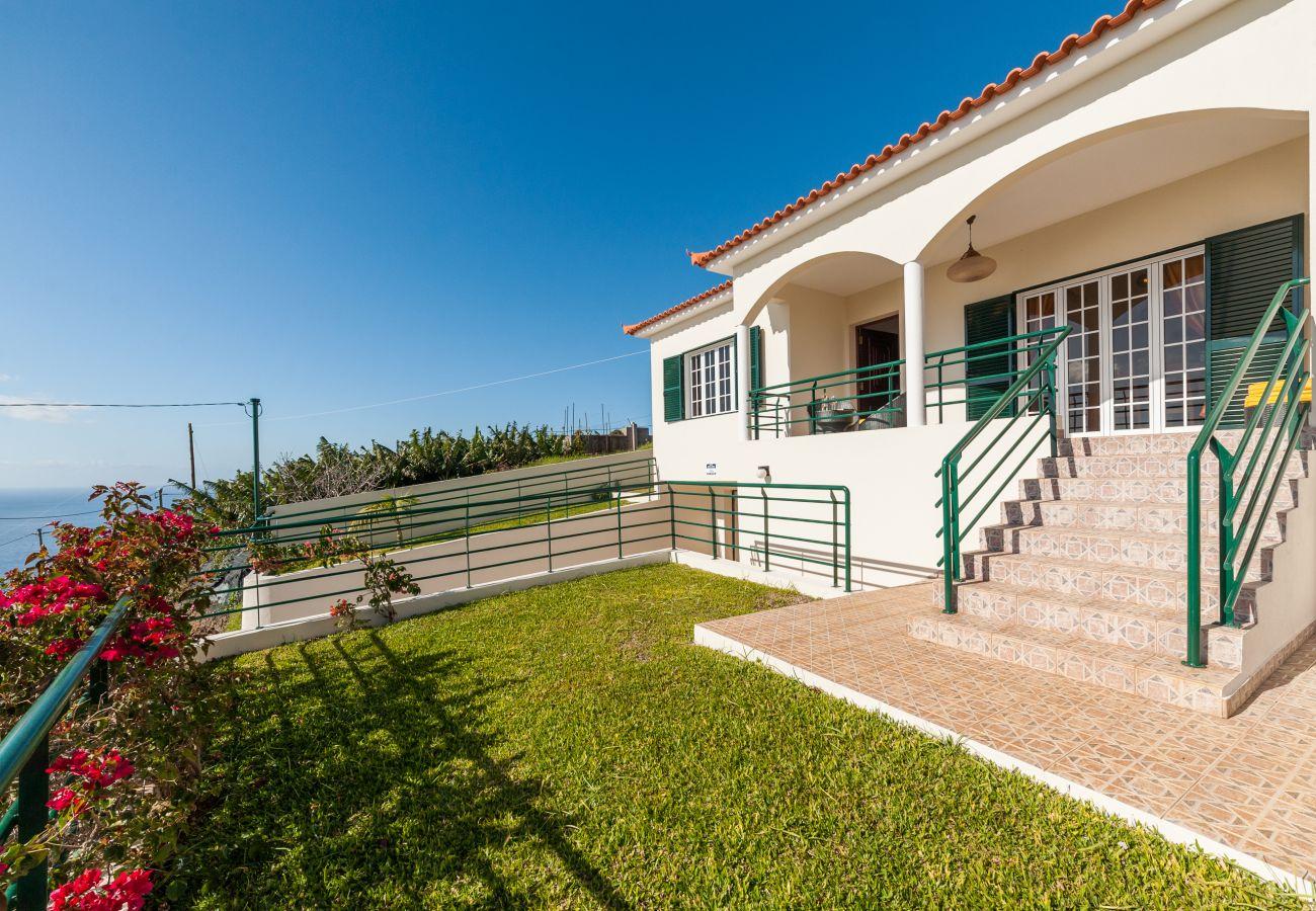 Casa em Estreito Calheta - Casa Eleanor by MHM