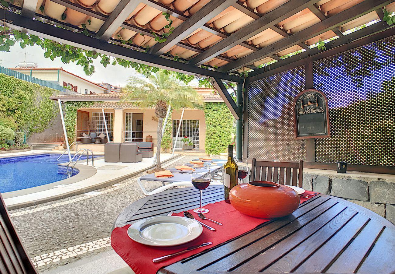 Villa em Caniço - VILA DO VALE - by MHM