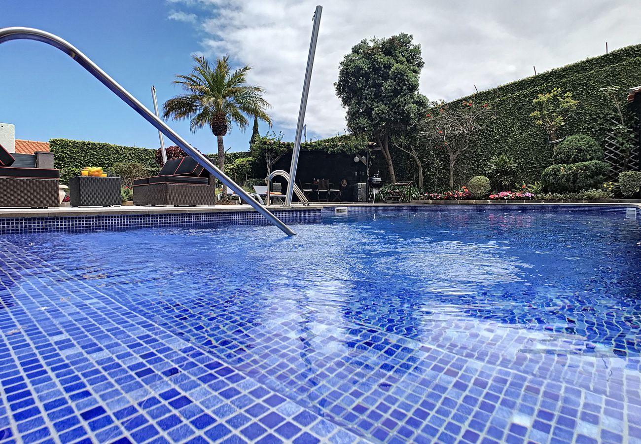 Villa in Caniço - VILA DO VALE - by MHM