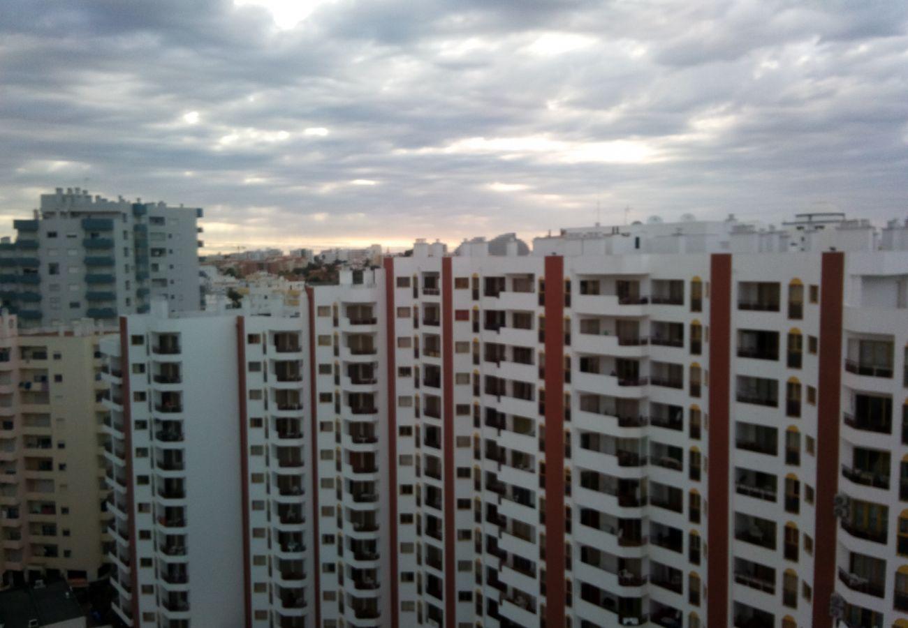 Apartment in Portimão - Beautiful apartment Clube Praia da Rocha