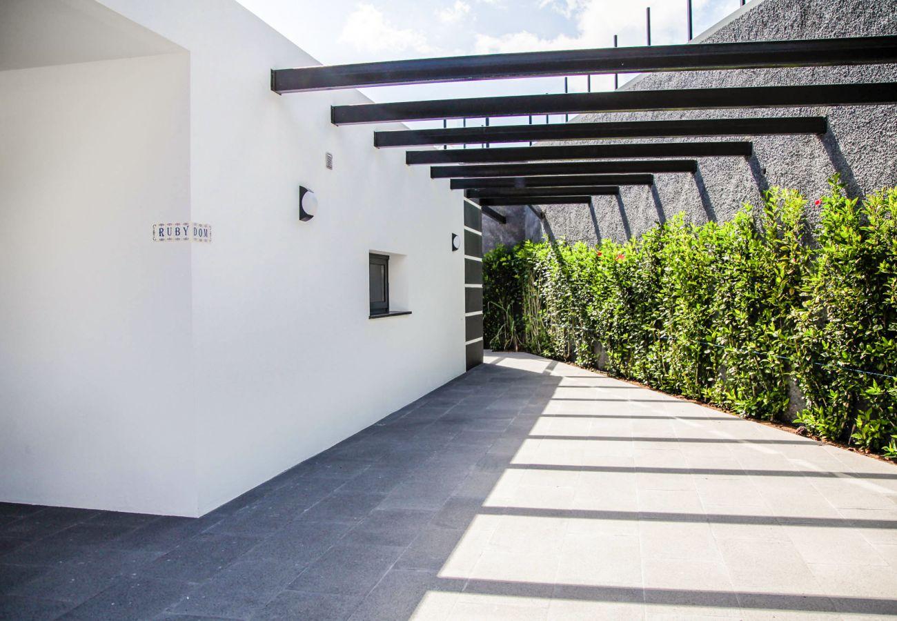 Villa in Arco da Calheta - Villa Rubydom