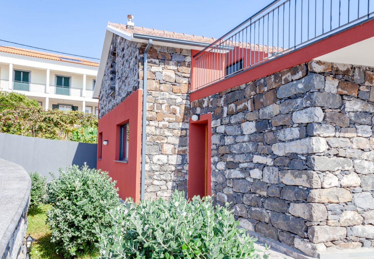 Cottage in Santa Cruz - Casa Sol - by MHM