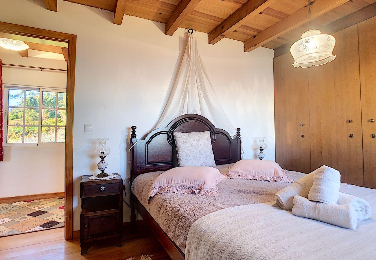 Cottage in Fajã da Ovelha - Ovelha do Sol by MHM