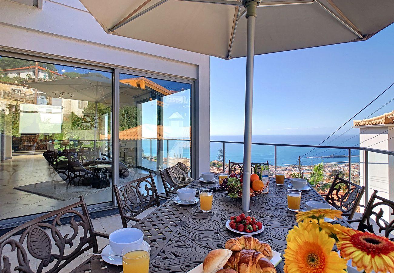 Villa in Funchal - Villa Moniz by MHM